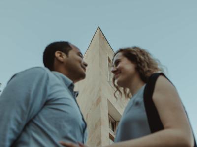 retrato a los novios en su preboda en Logroño (La Rioja)